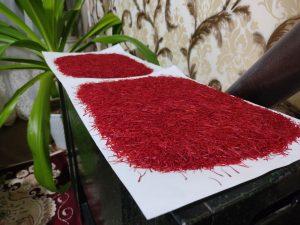 زعفران را چگونه خشک میکنند؟