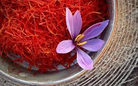 3 properties for saffron flowers and petals and how to use it